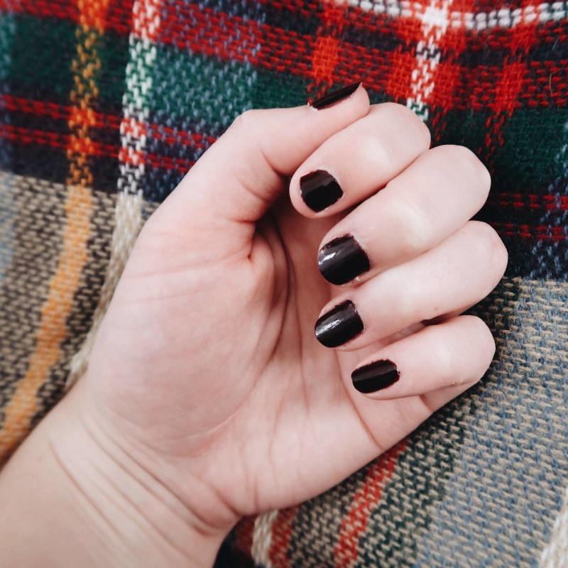 fall fashion nail colors