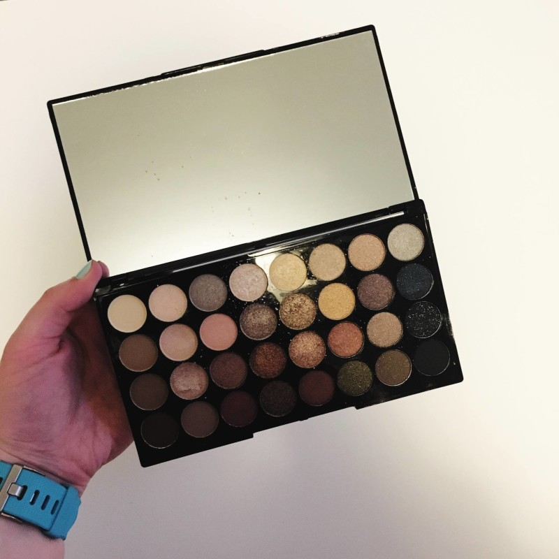 makeup revolution eye shadow palette